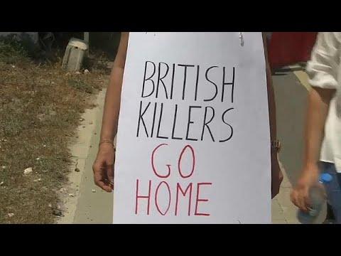 العرب اليوم - شاهد: مظاهرات في قبرص تندد بالغرات الجوية في سورية