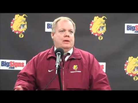 Bob Daniels Hockey Press Conference 11-20-10