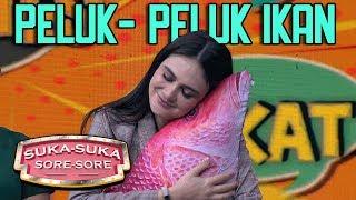 Video Luna Maya Senang Banget Peluk Ikan Gede - Suka Suka Sore Sore (18/1) PART 5 MP3, 3GP, MP4, WEBM, AVI, FLV Juni 2019