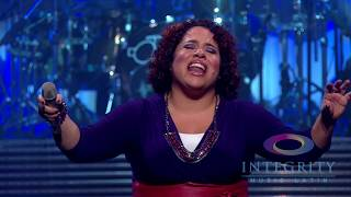 Ingrid Rosario - Eres Santo - Videoclip Oficial Hd - Musica Cristiana