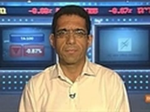 Isreali - Dec. 12 (Bloomberg) -- Eyal Dabby, head of equity research at Bank Leumi Le-Israel Ltd., discusses the outlook for Israeli equity markets in 2012. He speaks ...