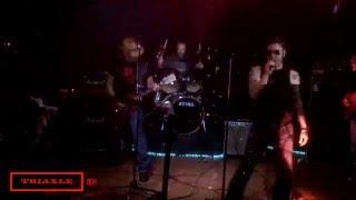 Nonton Triaxle !live! -