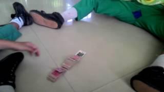 Cara menepuk kartu/gambaran