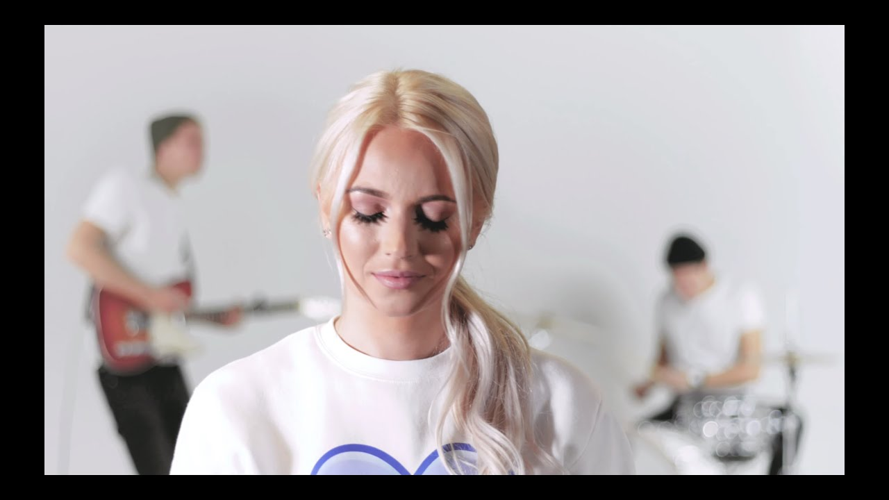 Kerli Kivilaan - Cold Love (Estonia NF 2019)