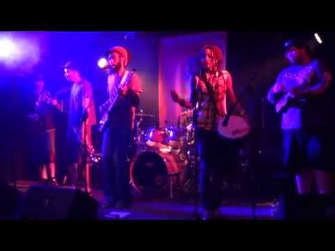 Itality LIVE @ Last Exit Live - Distraction (ORIGINAL)