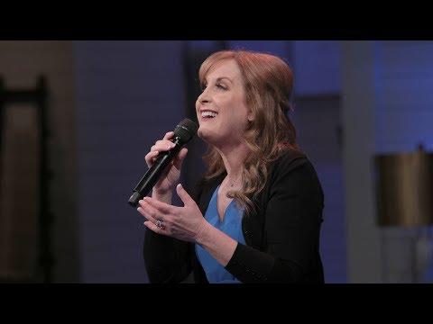"The Original Ariel Jodi Benson Performs ""Part Of Your World"" - Pickler & Ben"