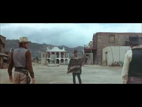 Clint Eastwood - A mi mula no le agradan las risas