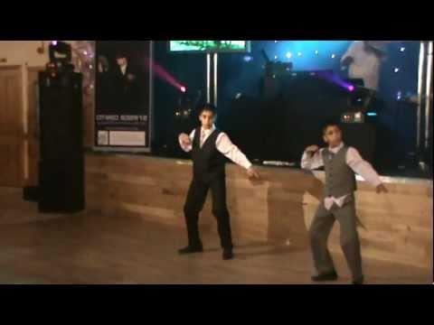 pumbeeri and seetee dance (видео)