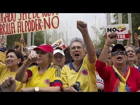 Κολομβία: Διαδήλωση κατά της συμφιλίωσης με τους αντάρτες FARC