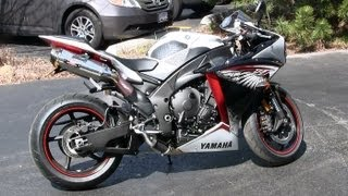 8. 2012 White Yamaha YZF-R1 Walkaround - Yoshimura Exhaust Sound - Crossplane I4 Engine Walk Around