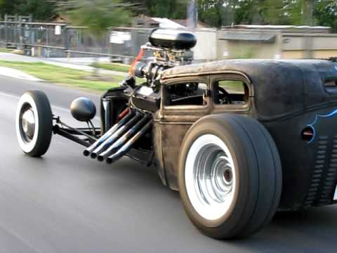 Rat rod cruising to Biff's