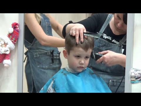 Поход в детский центр на стрижку машинки ХотВилс Cutting hair at the hairdresser VLOG new hot wheels (видео)