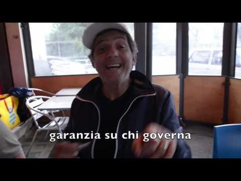 Video SPECIALE Fiorello canta Democratellum