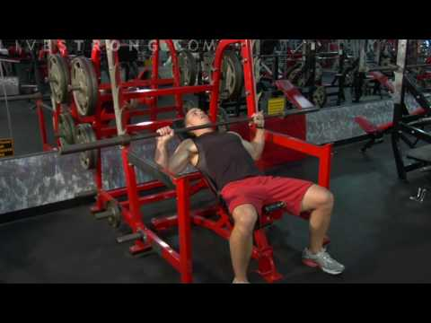 Video demonstrating how to perform the Incline Bench Press