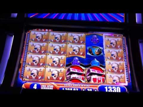 The Pirate Ship Casino Game Slot Machine Bonus Rounds Free Spins