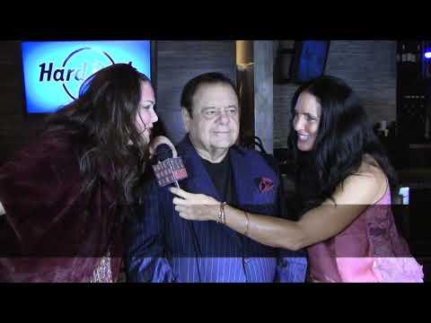 Traci Lynn Cowan talking with Paul Sorvino & Dee Dee Sorvino, at The Hollywood FAME Awards. (видео)
