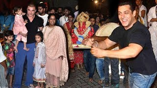 Video Salman Khan's Ganpati Visarjan 2018 Full INSIDE & Outside Video Of House Galaxy,Bandra MP3, 3GP, MP4, WEBM, AVI, FLV September 2018