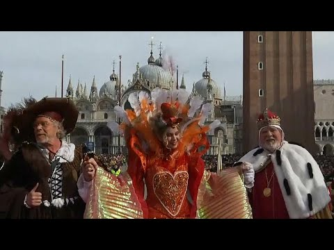 Video - Πέταξε ο Άγγελος στο Καρναβάλι της Βενετίας
