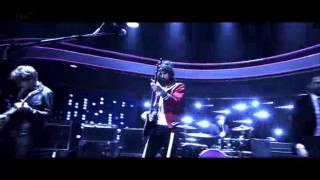 Stevie - Kasabian @ The Jonathan Ross Show S07E05 14/11/2014