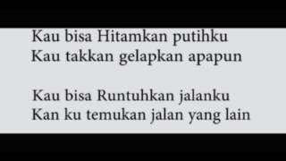 Tulus - Manusia Kuat (Official Lyric Video)
