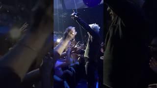 Indochine - L' Aventurier, live 13 Tour (extrait)
