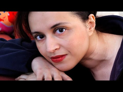 بعد انتحارها.. من هي الكاتبة نعيمة البزاز؟