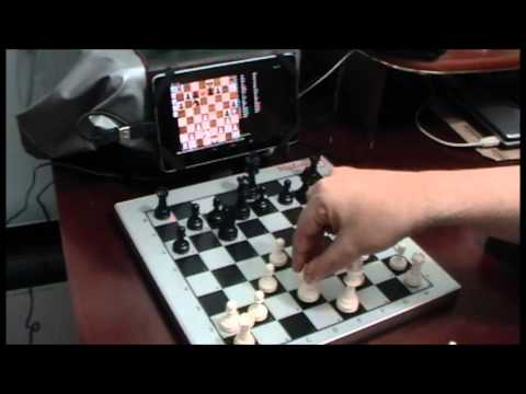 Testing a homemade usb chess board with a tablet