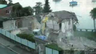 Spectacular Time lapse House Demolition