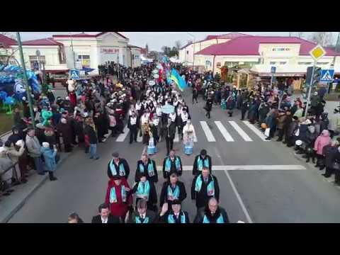 Торжественным шествием прошли главные герои «Дажынак-2017» – передовики жатвы
