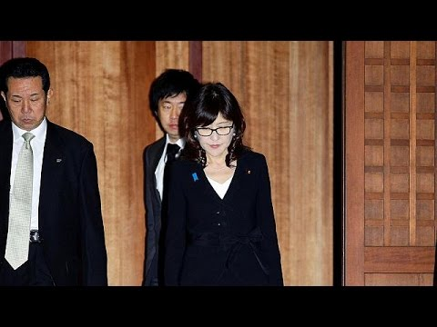 Ιαπωνία: Η επίσκεψη της Υπουργού Εξωτερικών που εξόργισε Κίνα-Ν.Κορέα