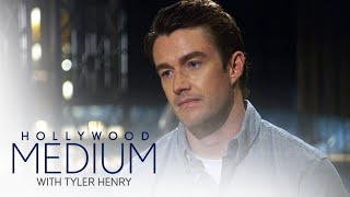 Video Tyler Henry Gives Robert Buckley's Father a Message | Hollywood Medium with Tyler Henry | E! MP3, 3GP, MP4, WEBM, AVI, FLV Desember 2018