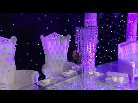 Tables Lumineuses et chaises napoléons