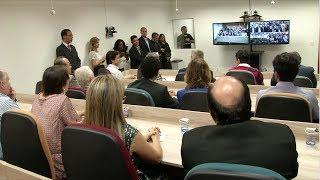 VÍDEO: Governador assina decretos de estadualização de três fundações educacionais