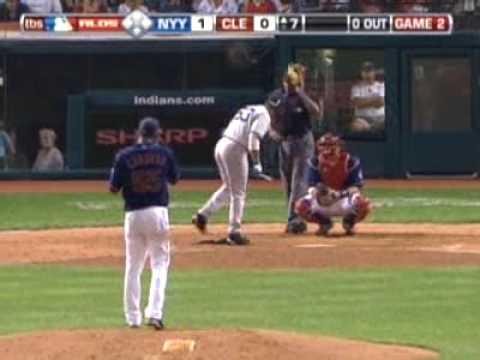 我終於知道為什麼棒球選手上場前要把球棒敲敲腿了!
