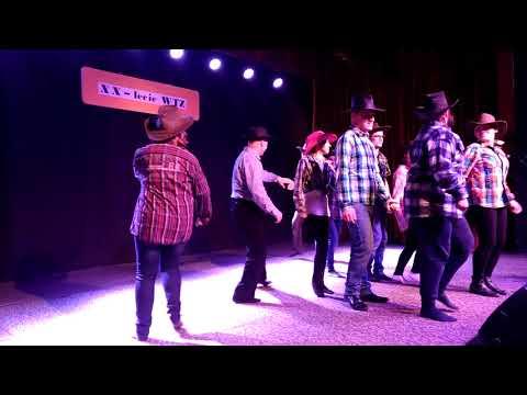 Wideo1: Występ uczestników Warsztatów Terapii Zajęciowej we Wschowie