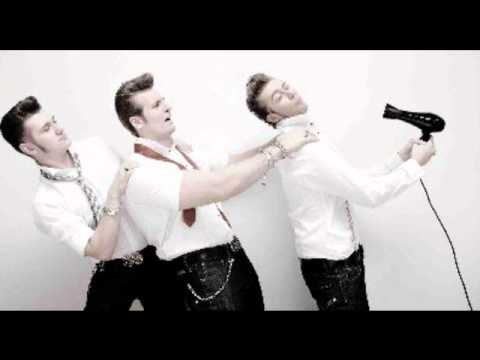 Tekst piosenki The Baseballs - Crazy In Love po polsku