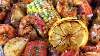 Hey y'all ! Here's a another quickie recipe for ya! Oven shrimp boil ! It's soooo good and filling and sooo easy to make ! Grab beer ...