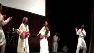 Ethiopian Cultural Dance Performance-ESKISTA.wmv