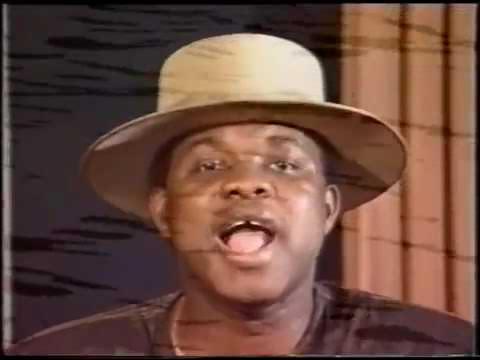 "Kanda Bongo Man ""Muchana"" (clip)."