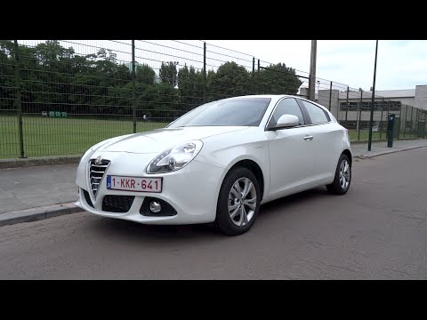 2015 Alfa Romeo Giulietta 1.6 JTDm-2 Distinctive Start-Up And Full Vehicle Tour