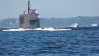 New London (CT) United States  city pictures gallery : US Submarine leaving New London, Connecticut 8/19/16