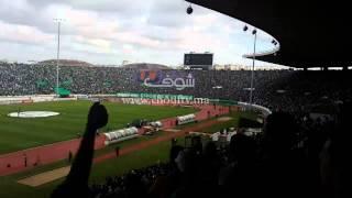 أكثر من 80 ألف حنجرة تنادي  الصحراء مغربية في مباراة الرجاء و الفريق الجزائري