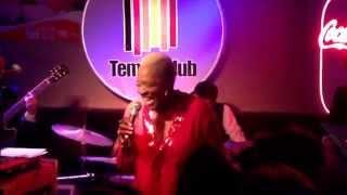 Martha High en Tempo Club