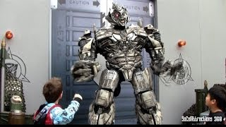 [HD] HILARIOUS Transformers Megatron Making Fun of Guests - Interactive Talking Transformers - YouTube