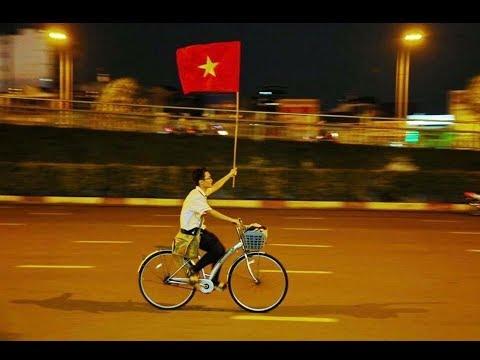 Cùng xem lại những hình ảnh hài hước sau chiến thắng U23 Việt Nam - Thời lượng: 2:21.