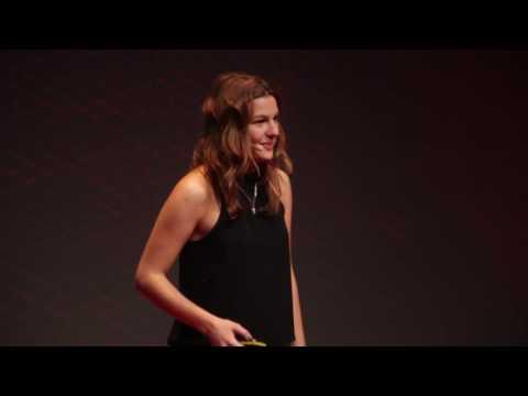 Mikortól építünk embert? |  Lantos Lili | TEDxYouth@Budapest 2016