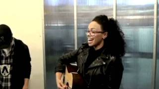 Elle Varner - Only Wanna Give It To You (Live) Ft. Anointed S (@AnointedS @ElleVarner)