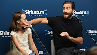 Video 9 Times Jake Gyllenhaal Made Us Swoon With His Softer Side MP3, 3GP, MP4, WEBM, AVI, FLV Juli 2018