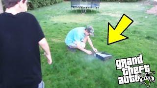 ▶ModdingStore: http://bit.ly/2cwltQmGENITORI DISTRUGGONO LA XBOX AL FIGLIO! ASSURDO! (GTA 5)Iscriviti e LASCIA un LIKE per SUPPORTARMI! ▶ISCRIVITI: http://bit.ly/24JOXMA▶VIDEO: http://bit.ly/2mo7vBa▶ModdingStore: http://bit.ly/2cwltQm▶Pagina Facebook: http://on.fb.me/1KSs1nYGENITORI DISTRUGGONO LA XBOX AL FIGLIO! ASSURDO! (GTA 5)
