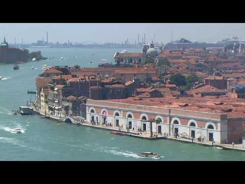 Italy – Romantic Venice